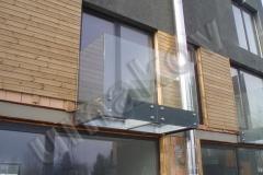 76 Skleneny balkon