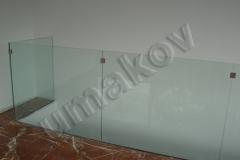 122 drziaky skla