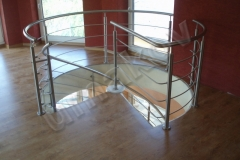 11 Nerezové schodisko