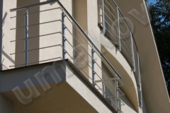 18 Balkón