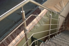 65 Nerezový stĺpik bočné kotvenie