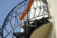 05 Točené schody kované
