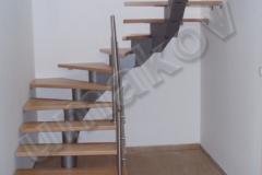 09 Kovové schodisko