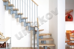 13 Segmentové schody