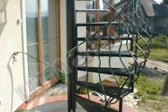 13 špirálové kované schody