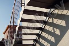 15 Exteriérové schody