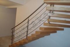 29 Samonosné schody