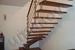 70 samonosne schodisko