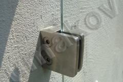 96 Drziak skla uchyteny v stene